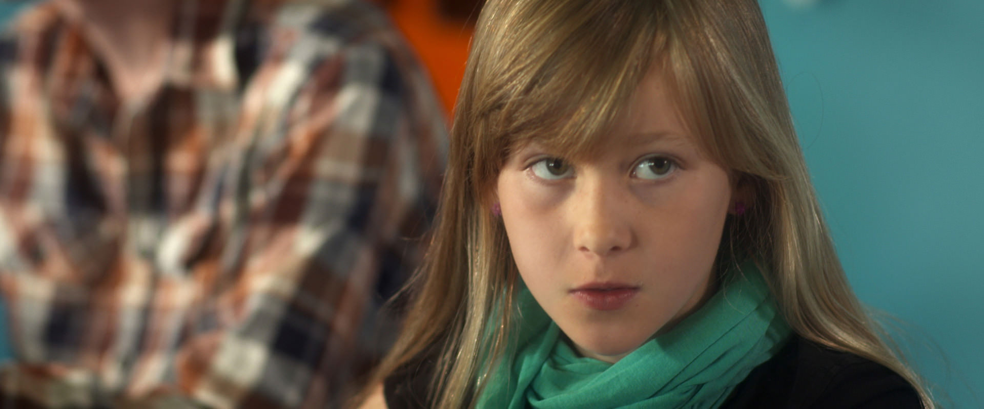 "Filmstill uit ""D.E.A.L. de Pilot"" met Aiko Beemsterboer"